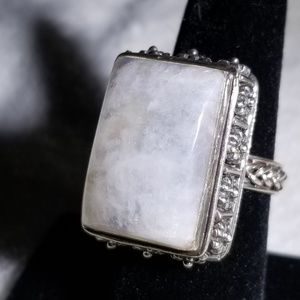 Jewelry - VINTAGE Native American moonstone ring size 8